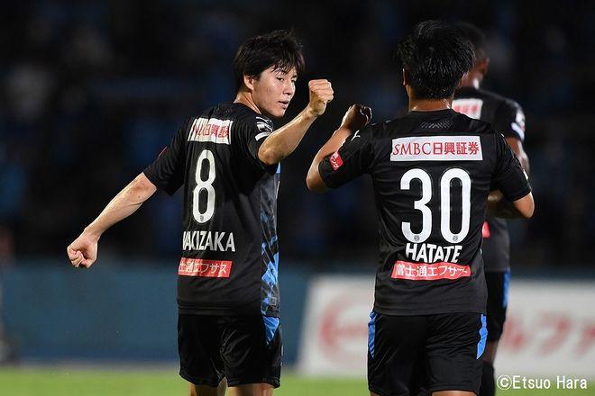 原悦生PHOTOギャラリー「サッカー遠近」 川崎ーC大阪「10連勝記録樹立!」の画像003