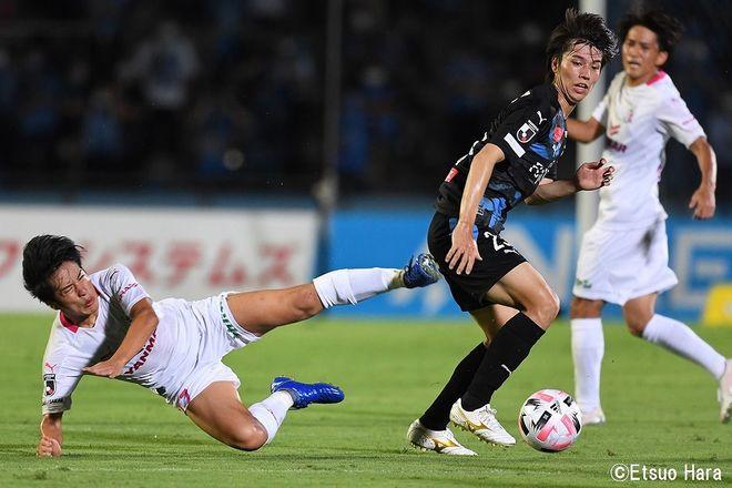 原悦生PHOTOギャラリー「サッカー遠近」 川崎ーC大阪「10連勝記録樹立!」の画像005