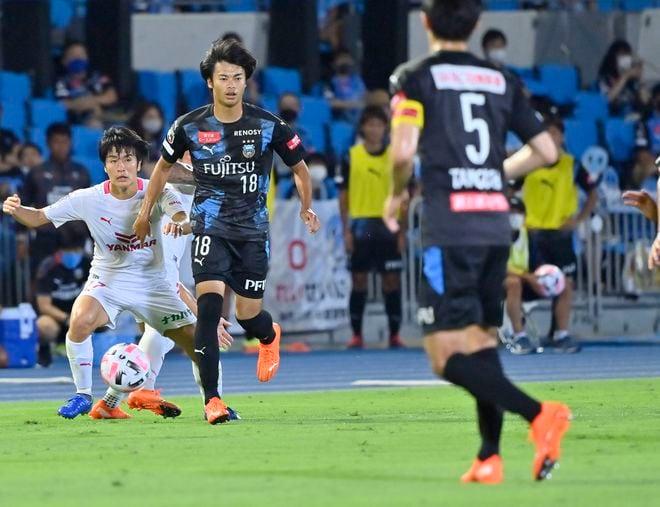 10連勝の裏に戦術変更!「川崎はなぜ4-3-3を捨てたのか」(1)川崎の弱点をついたC大阪の画像005