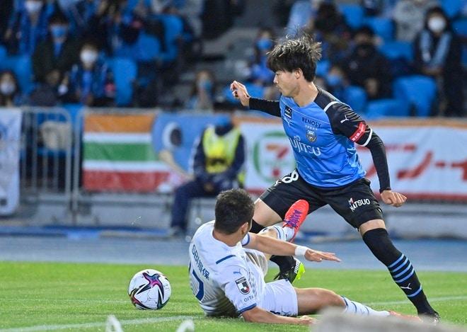川崎フロンターレ、無敗継続!(1)「2ゴール三笘薫」に指揮官が試合前に話していたことの画像037