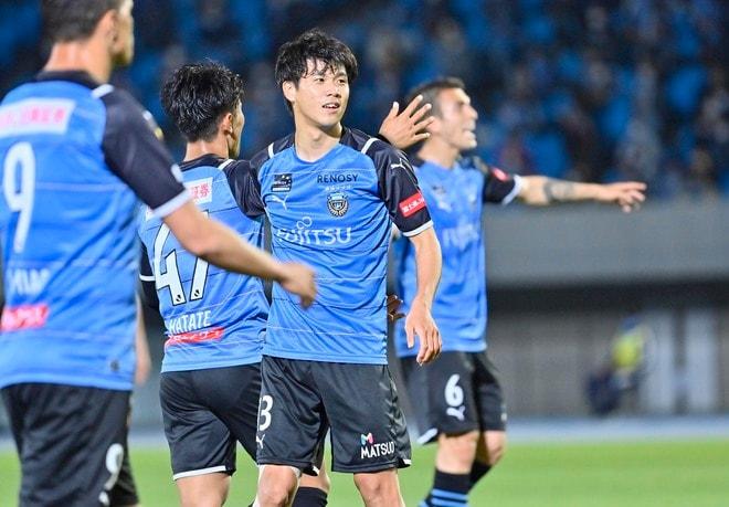 川崎フロンターレ、無敗継続!(1)「2ゴール三笘薫」に指揮官が試合前に話していたことの画像040