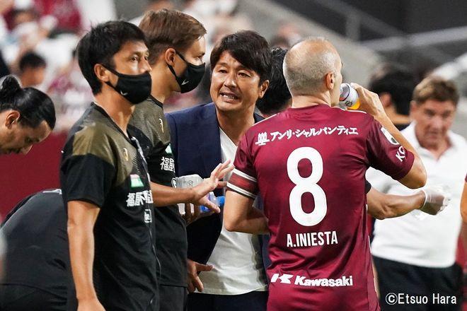 「神戸にはイニエスタがいる」原悦生PHOTOギャラリー「サッカー遠近」 神戸ー札幌の画像004