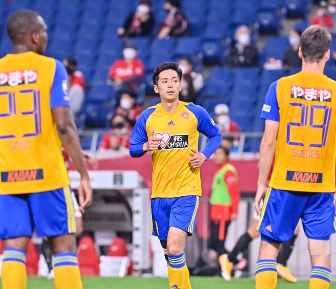 ベガルタ仙台、埼スタで浦和に大敗!(2)試合を決定づけたボランチの連続ミスの画像021